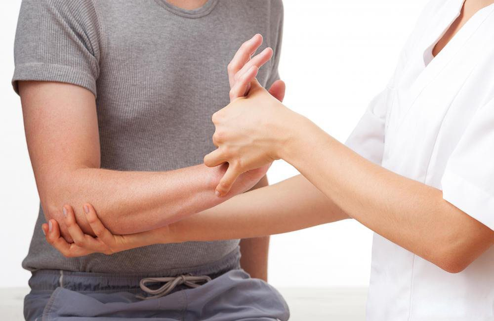 trigger finger injury chiropractic care el paso tx.